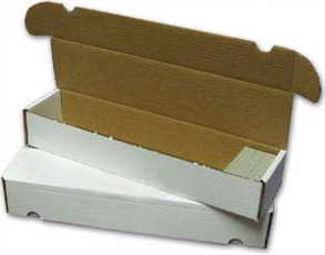 930 Count Trading Card Box